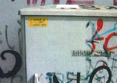 Odstranění graffiti z plotu 003