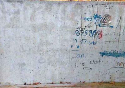 Odstranění graffiti ze zdi 001